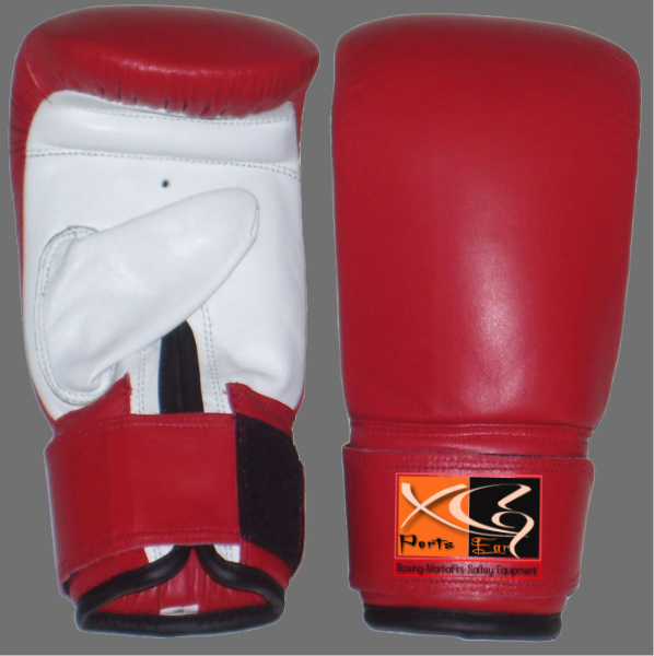 Bag Mitts-XG 20 Bag Mitts made of Cowhide Leather. Inside Hi-density foam, Cuff with full Velcro strap.